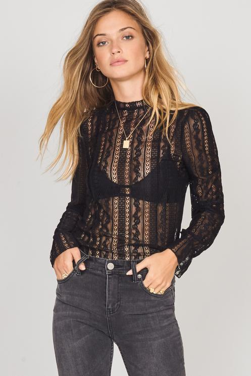 Amuse A902gall_Blk All About That Lace Knit