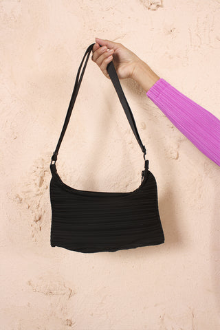 Pleated Zipped Bag Black