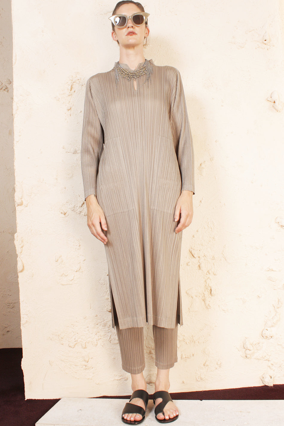 Keyhole Dress Taupe
