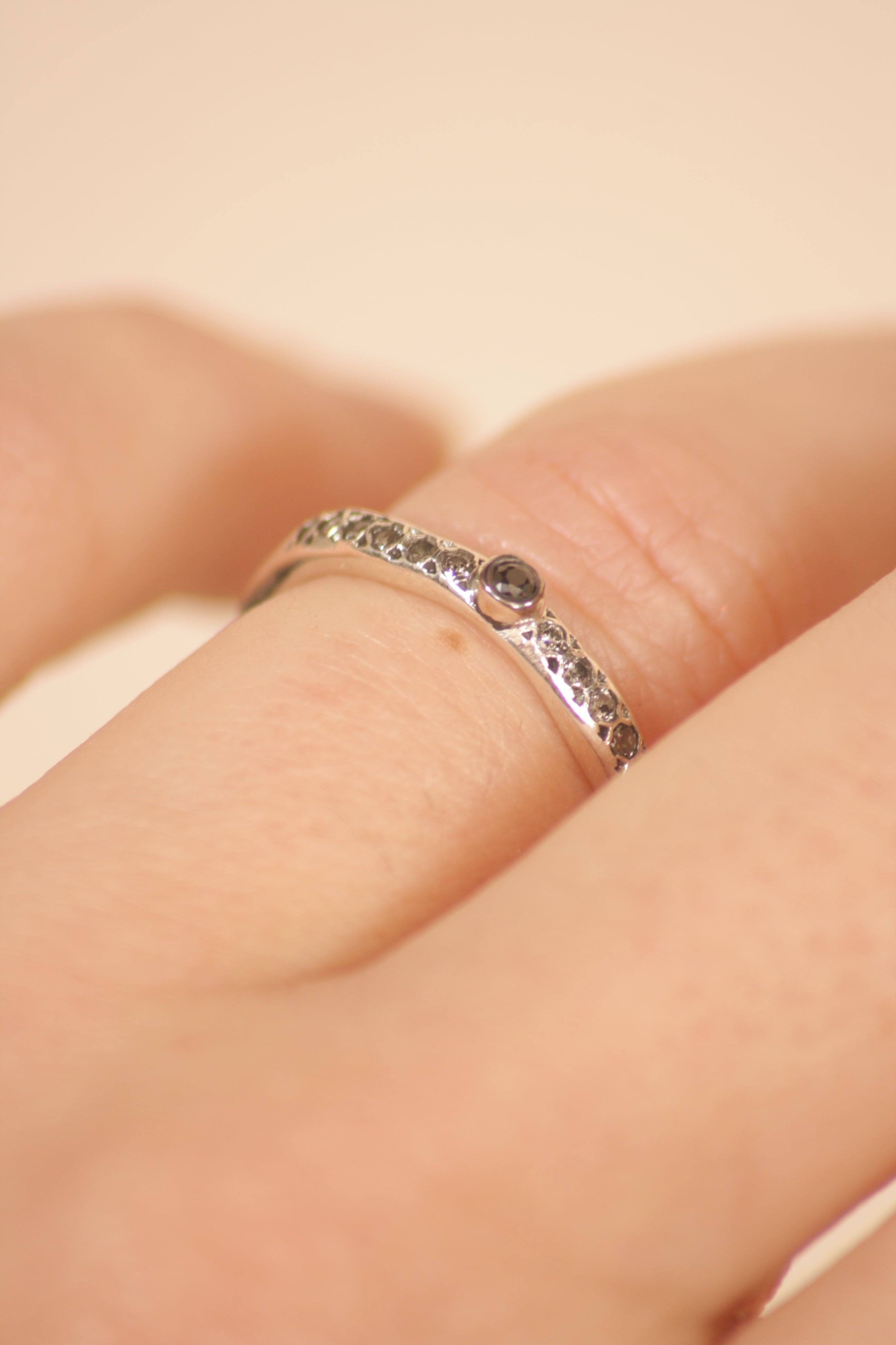 Riyo Black and Grey Diamond Ring