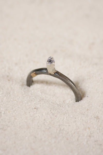 Hata Icy Grey Diamond Ring