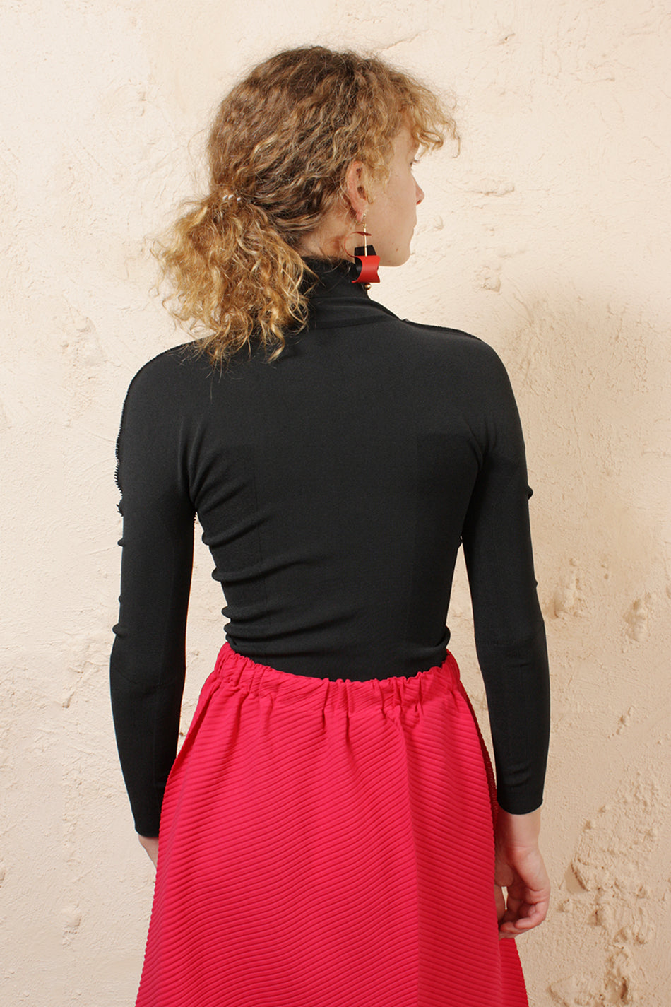 Fitted Turtleneck Top Black