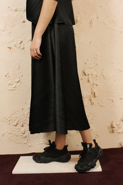 Black Full Circle Skirt