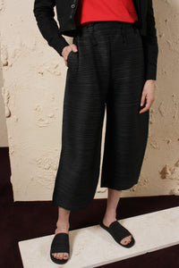 Wide Cropped Trouser