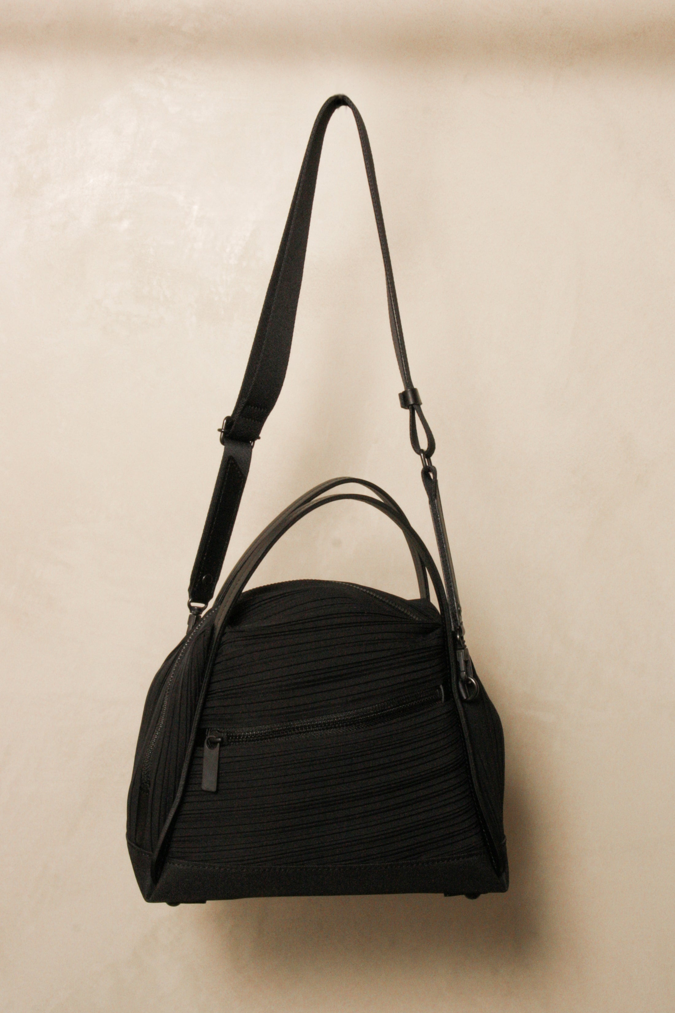 Pleated Crossbody Bag Black