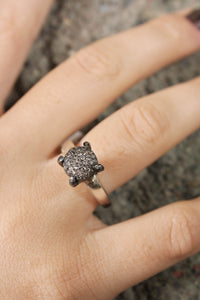 Yoko Icy Grey Diamond Ring