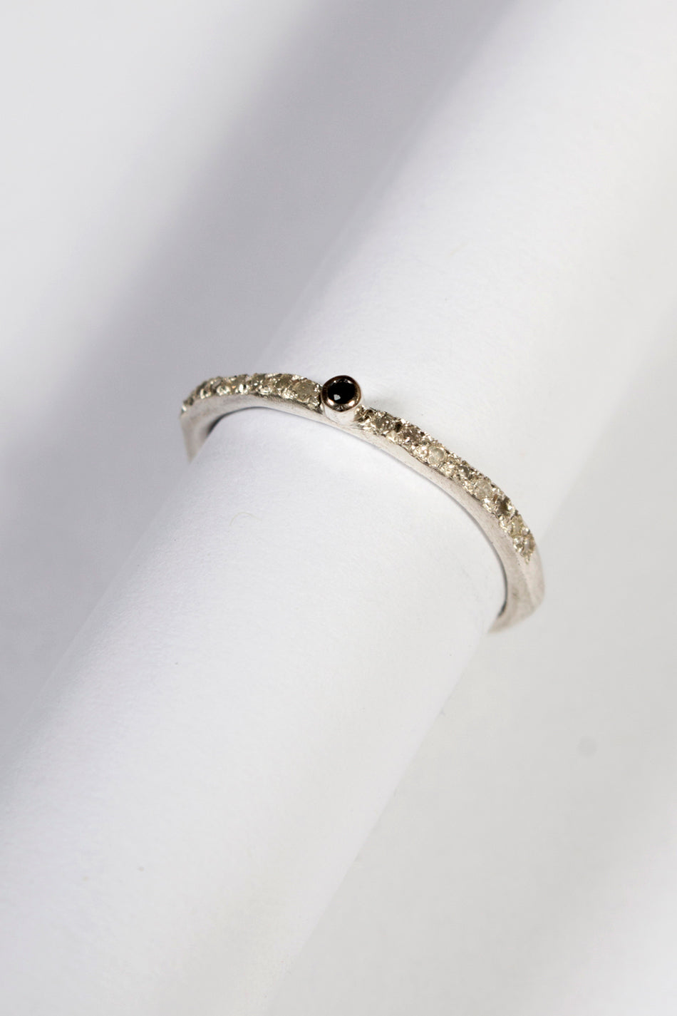 Yto 8X8 Black Diamond Ring