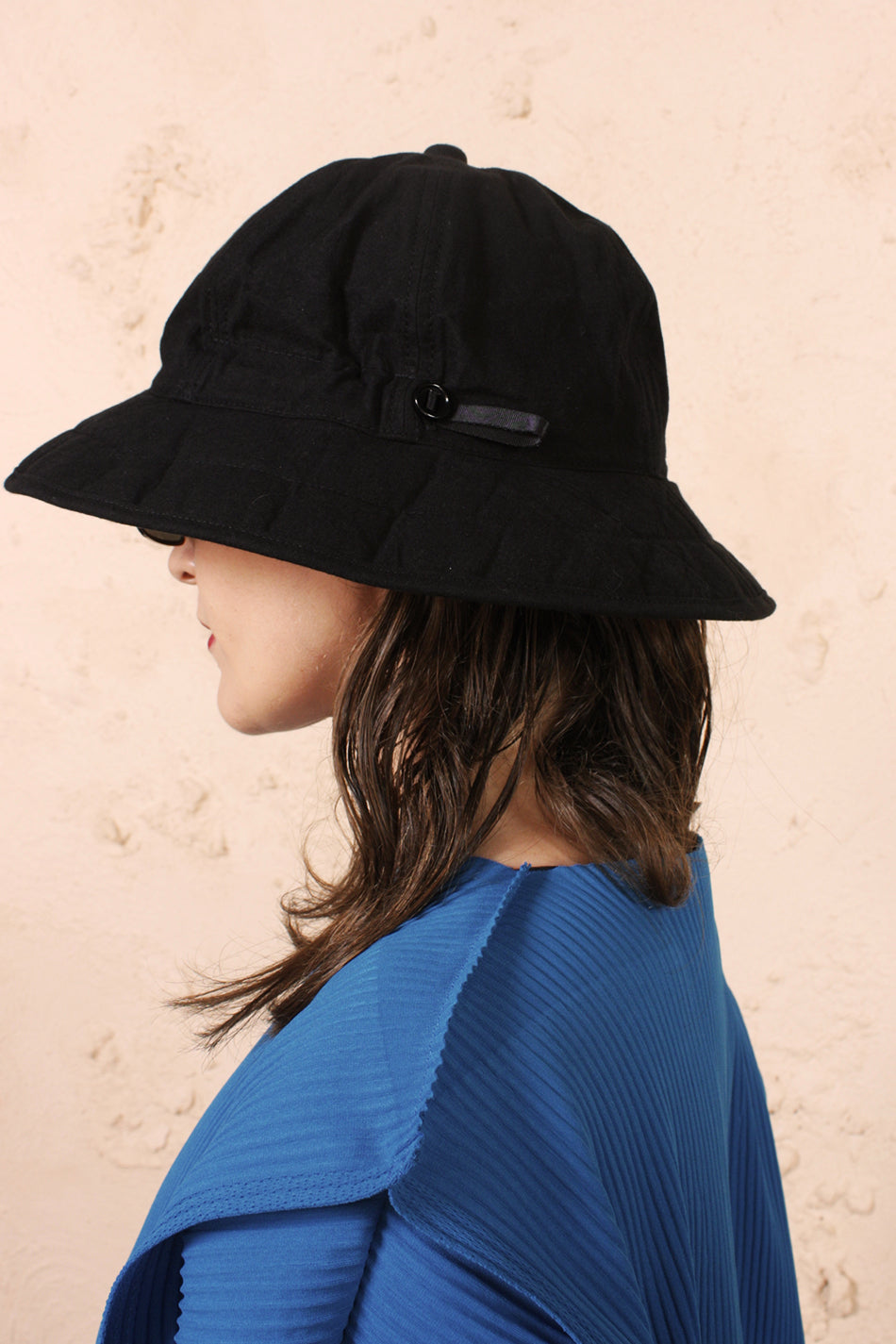 Six Panel Hat Black