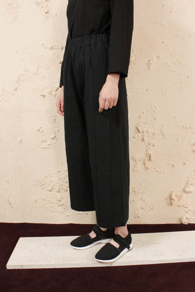 Tuck Pants Black