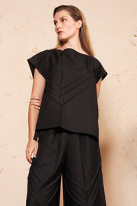 Arrow Pleats Top