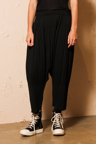 Flow APOC Pleats Pants
