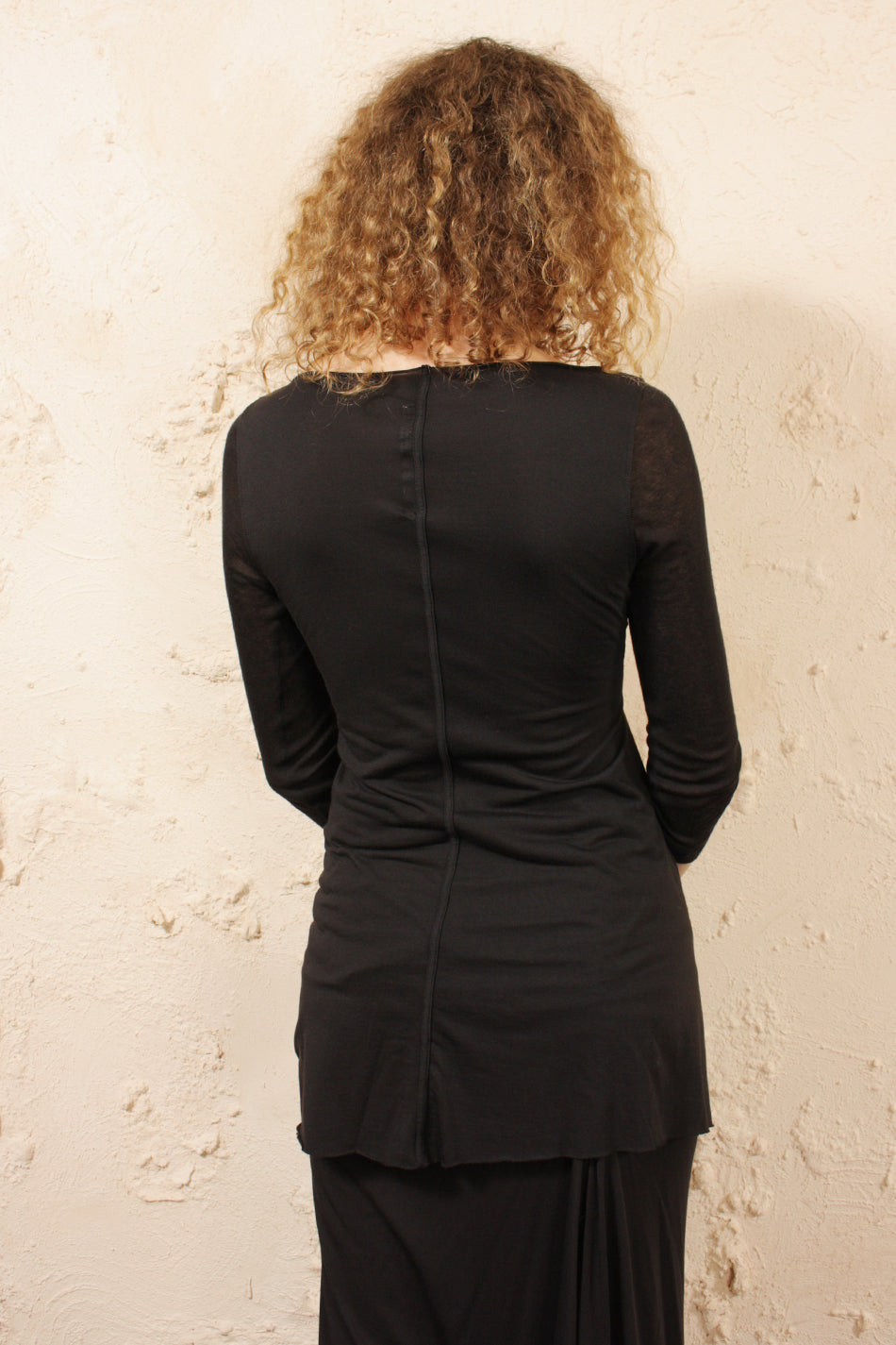 Mid Sleeve Front Twist Top