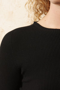 Ribbed Fitted Knit