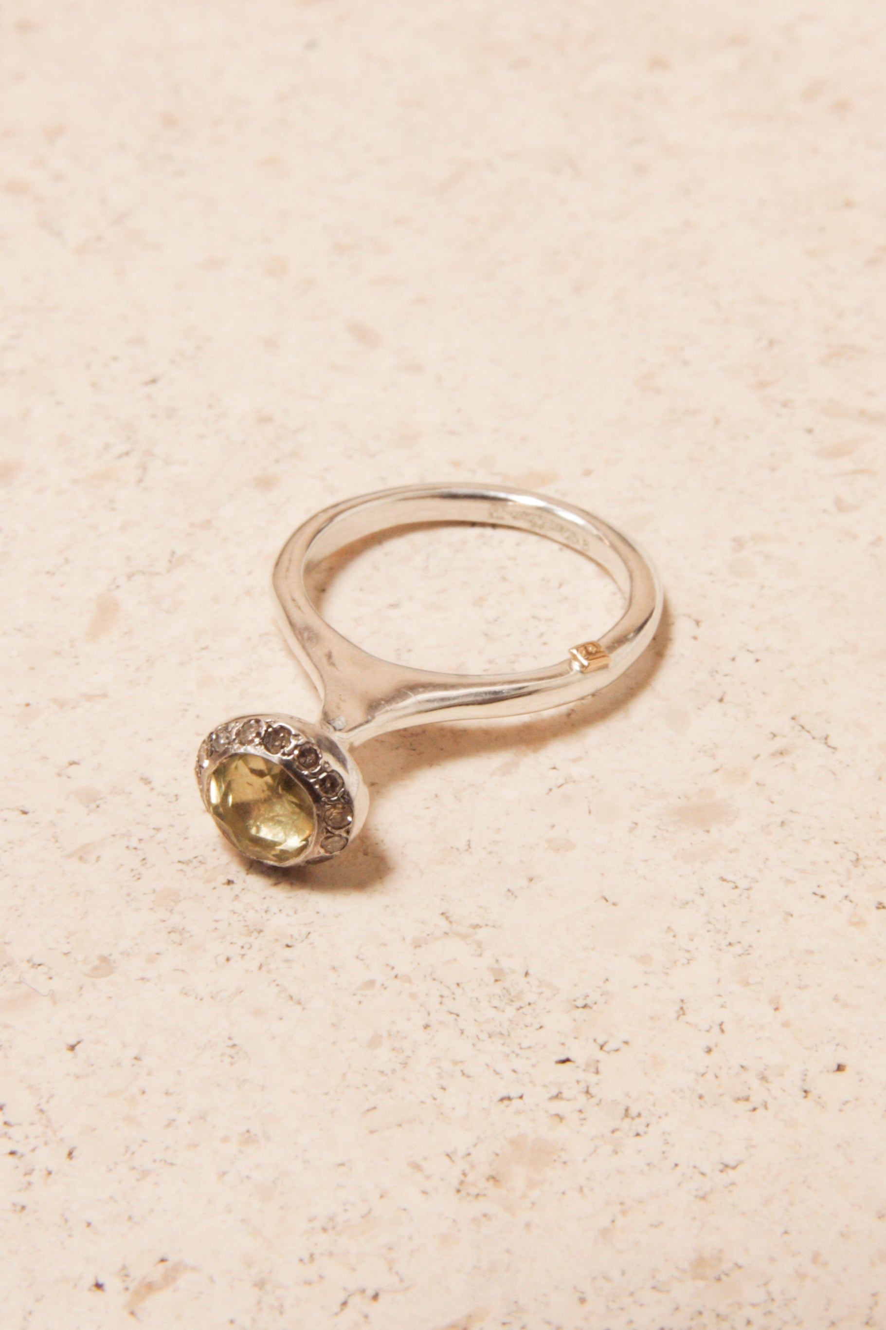 Belquis Lemon Quartz Ring