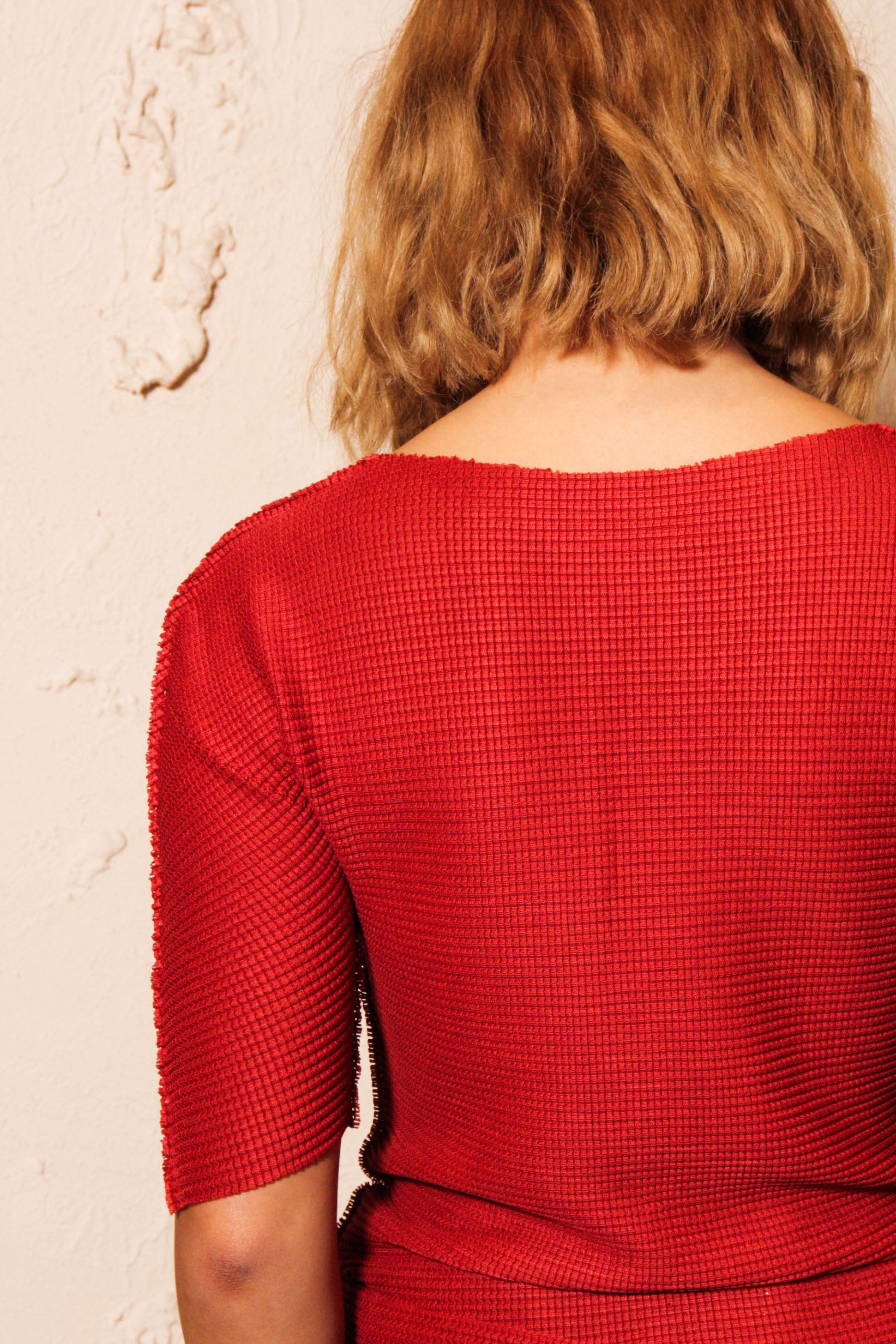 Soft Micropleated Top Red