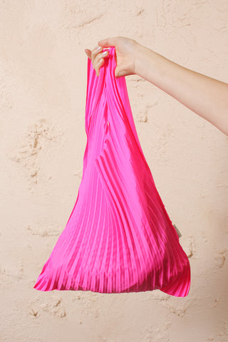 Pleated S bag
