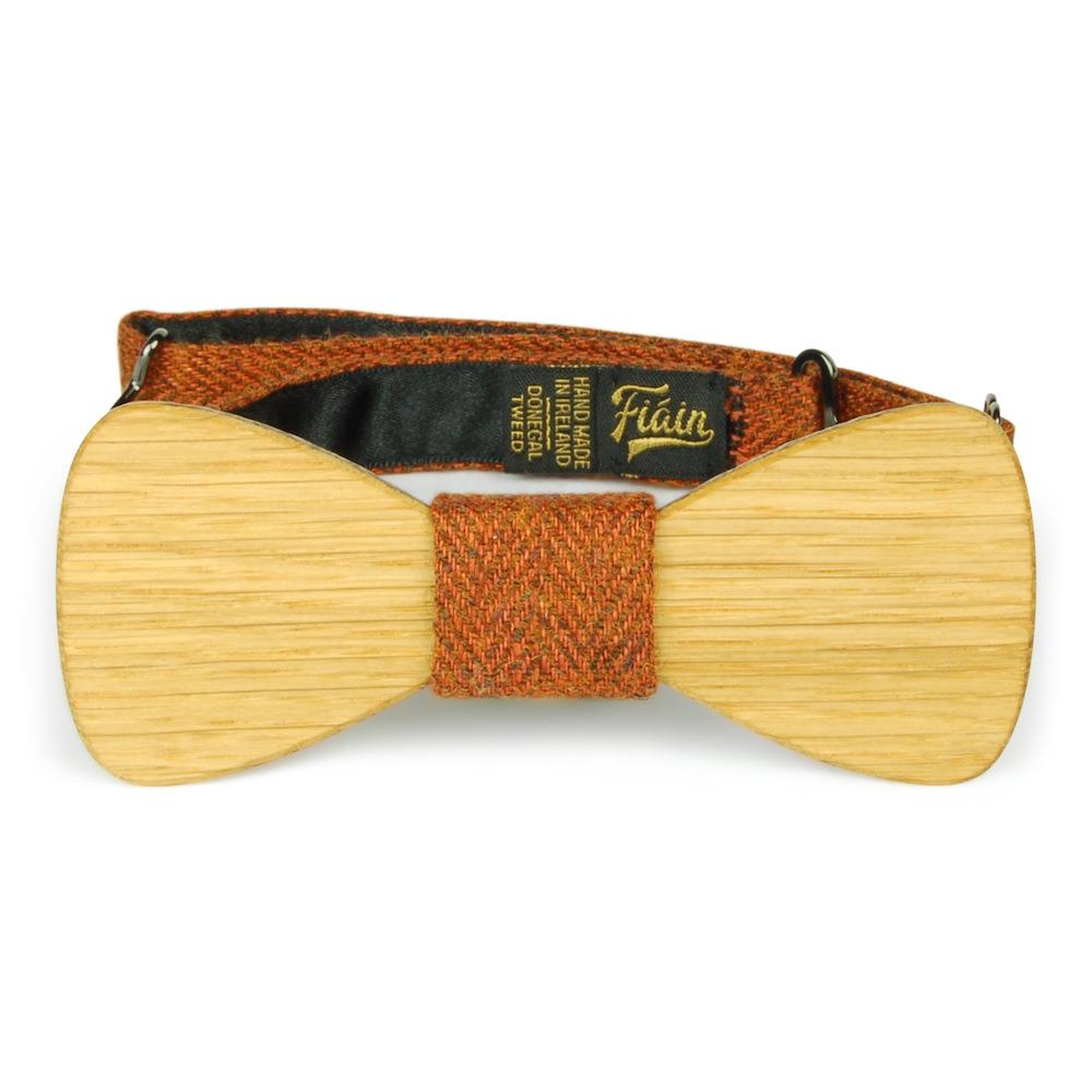 Front view of Wooster wooden bow tie by Fiain in connemara tweed