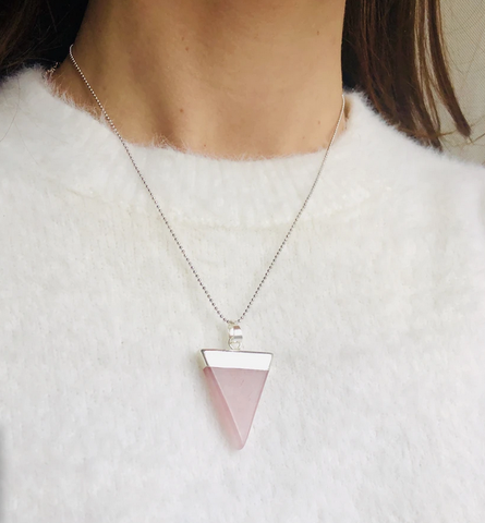 rose quartz love triangle necklace