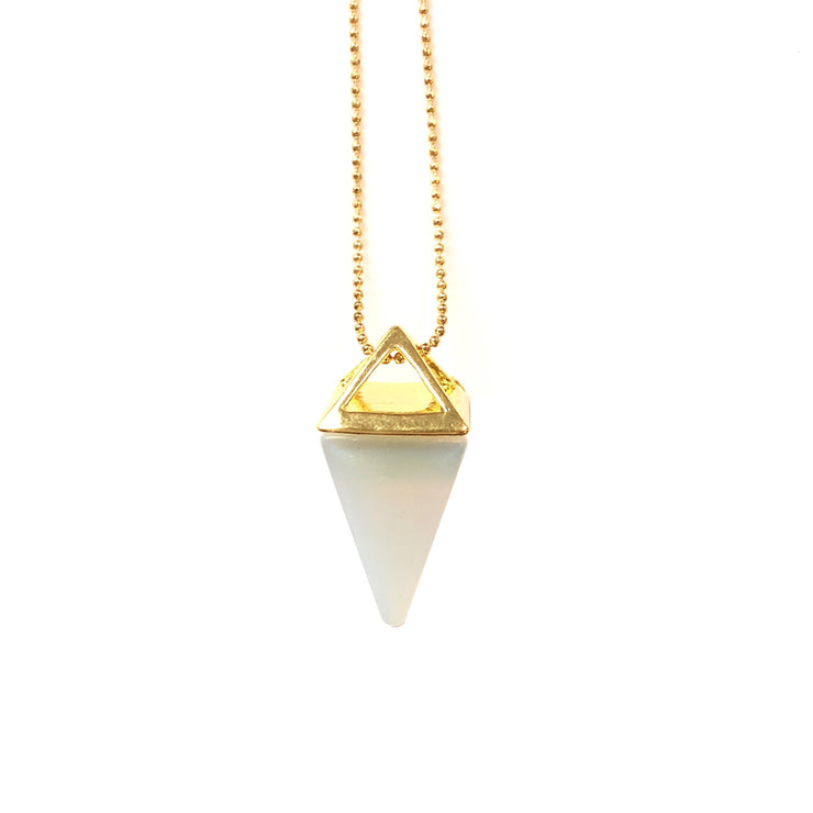 Confidence Pyramid (gold), PENDANT- Conscious Crystals, healing crystal jewellery, crystal pendants uk, crystal meanings