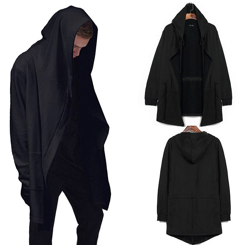 2017 Casual assassins creed hooded cloak Men's Hooded Black Gown