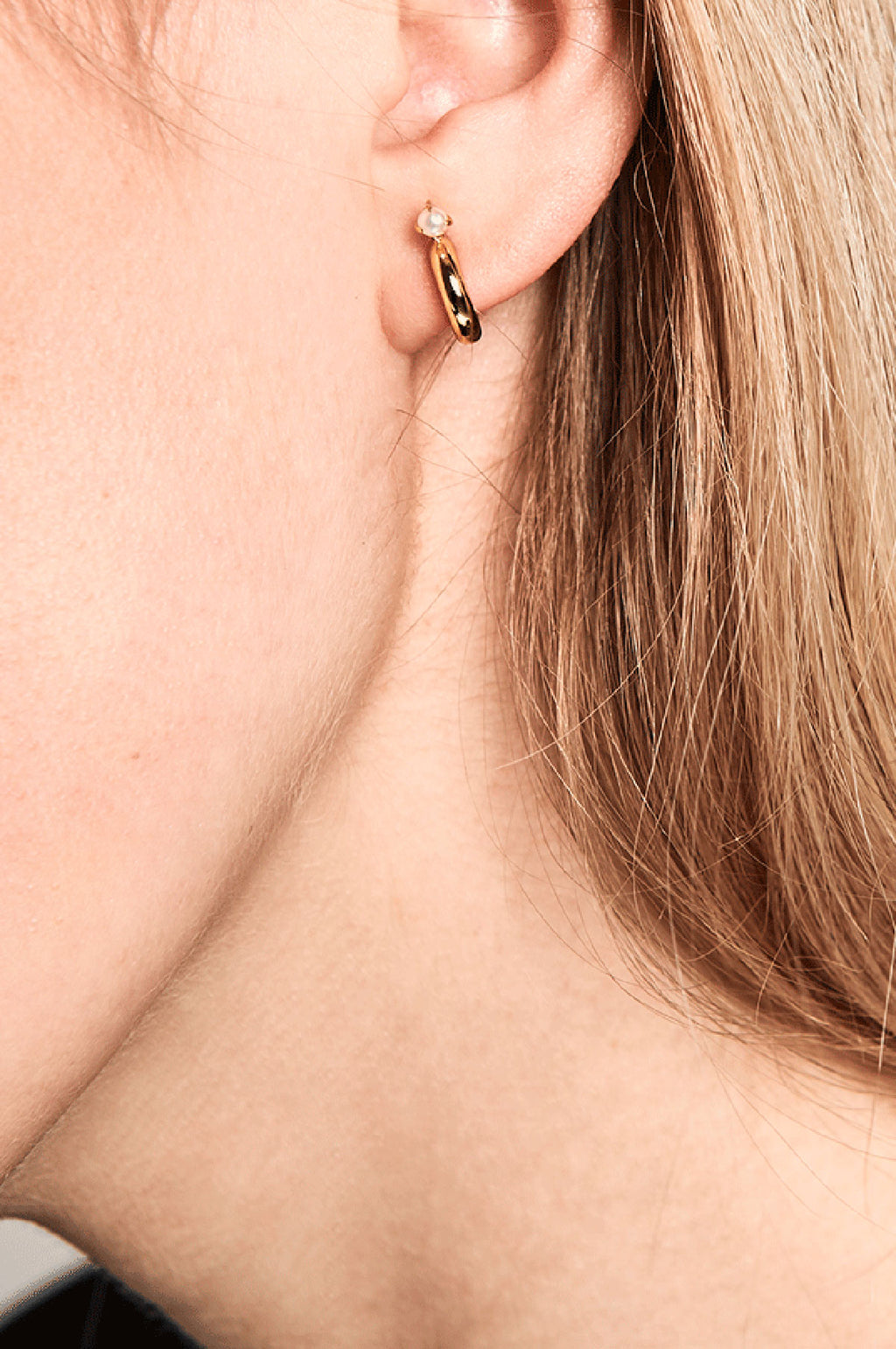 Anne Gold Earrings