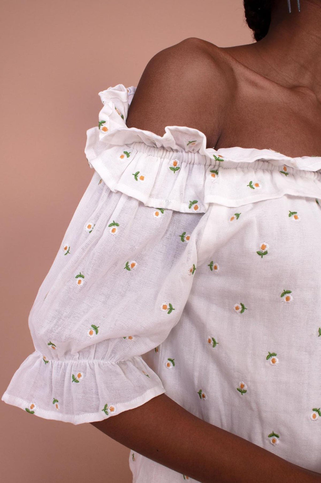 Blossom Top in Daisy Embroidery