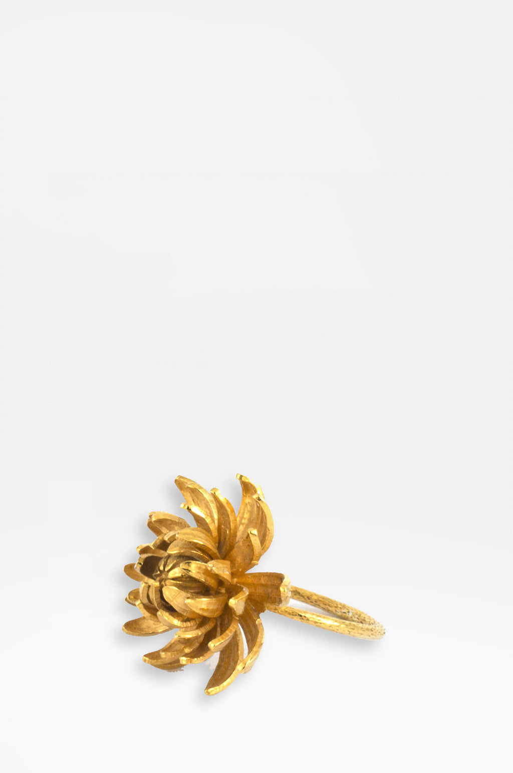 Chrysanthemum Flower Ring Gold