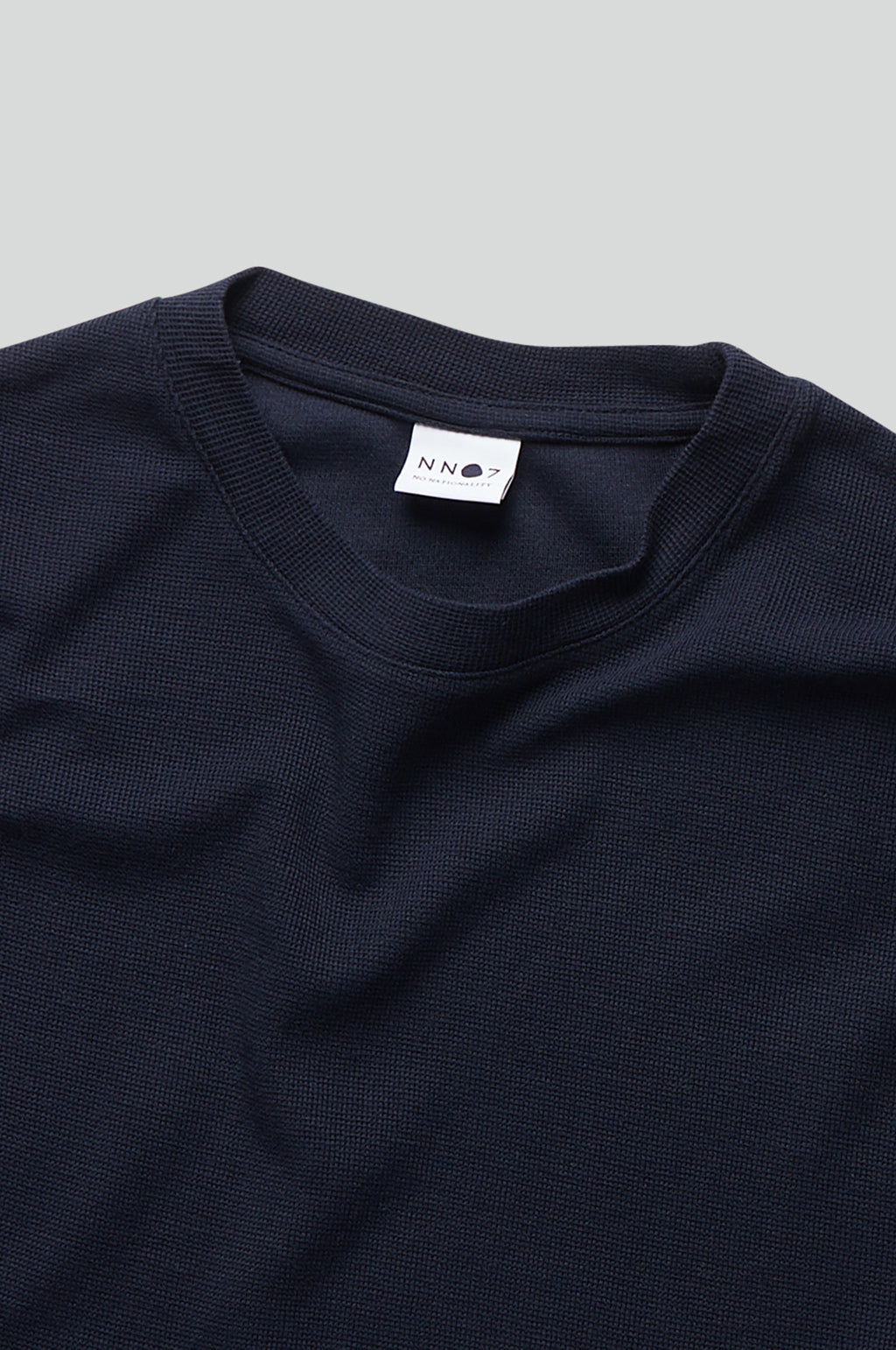 Clive Long Sleeve T Shirt in Navy Blue