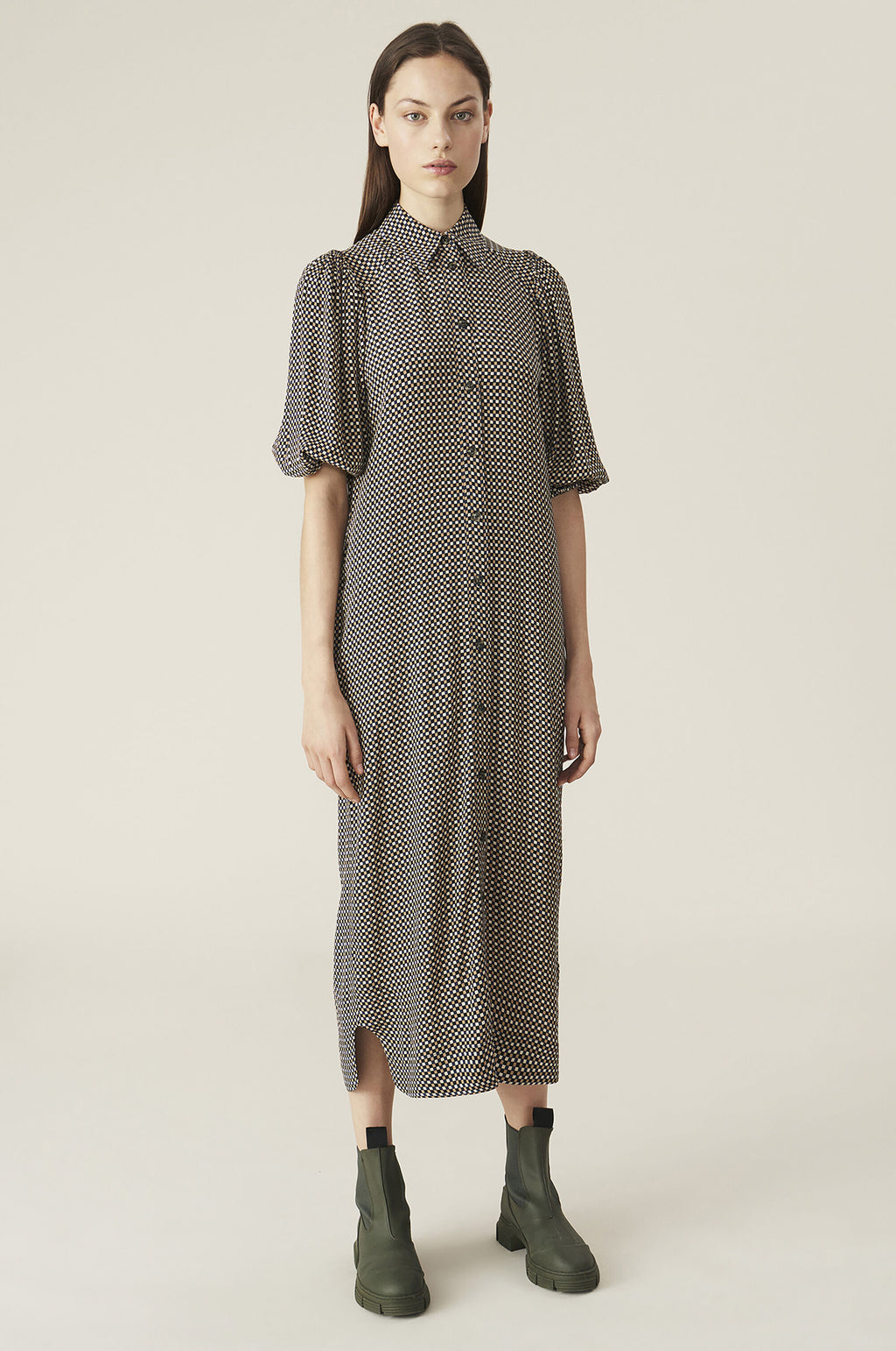 Crepe Shirt Dress in Tannin