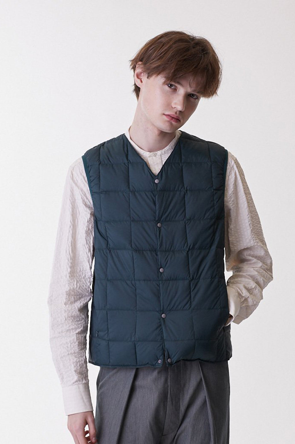 Men`s V Neck Button Down Vest in Navy