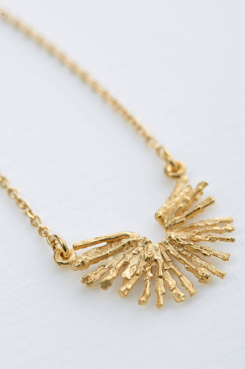Nest Structure Crescent Necklace Gold Plate