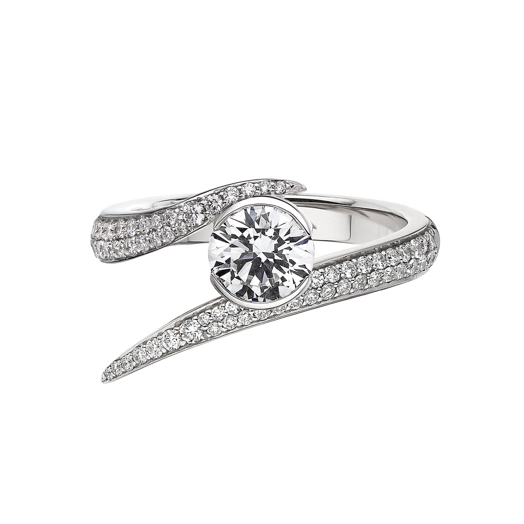 18Ct White Gold 1Ct Diamond Solitaire Interlocking Ring
