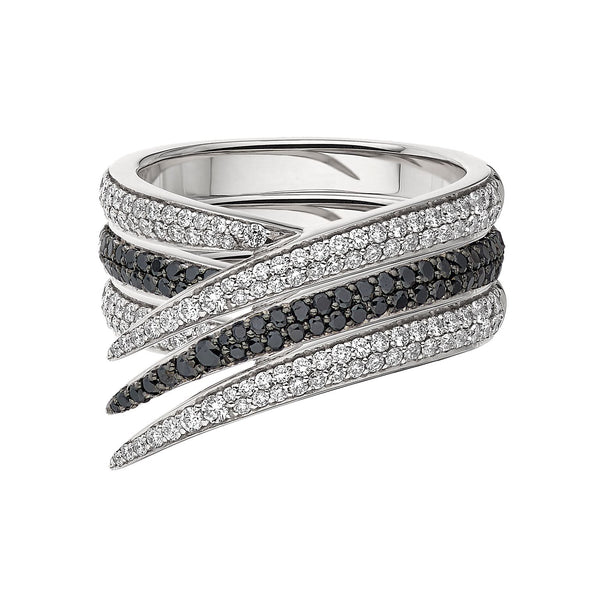 Black and White Diamond Interlocking Stack