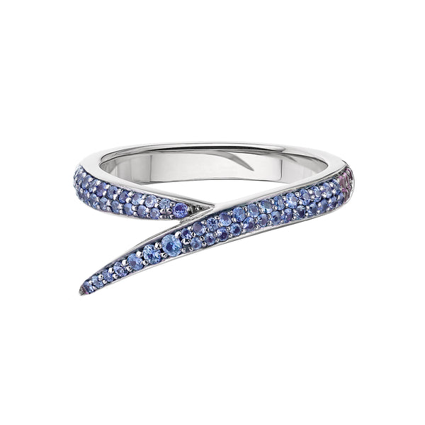 18ct White Gold and Blue Sapphire Single Interlocking Ring
