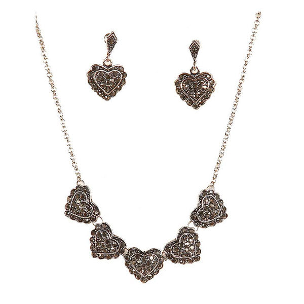 Jeweljunk Heart Shape Pretty Necklace Set
