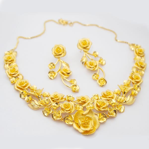 Neu Gold Copper Forming Gold Plated Necklace Set