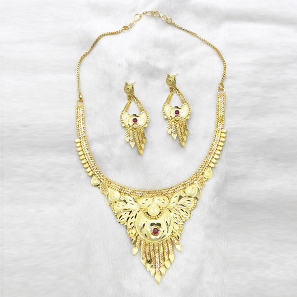 Neu Gold Maroon Stone Forming Gold Plated Copper Necklace Set
