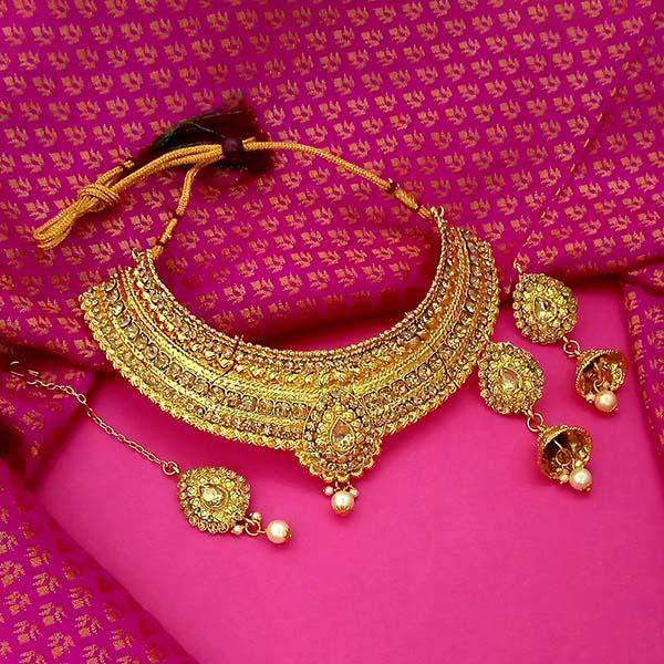 Kriaa Stone Choker Necklace Set With Maang Tikka