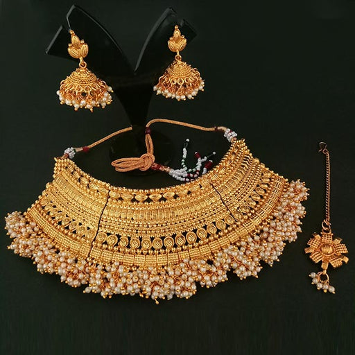 Utkrishtt Pearl Copper Necklace Set With Maang Tikka