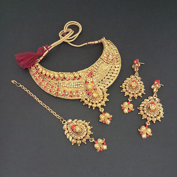 Utkrishtt Red Pota Stone Necklace Set With Maang Tikka