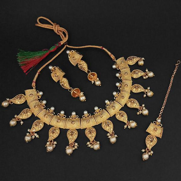 Kriaa Brown Austrian Stone And Pearl Necklace Set With Maang Tikka