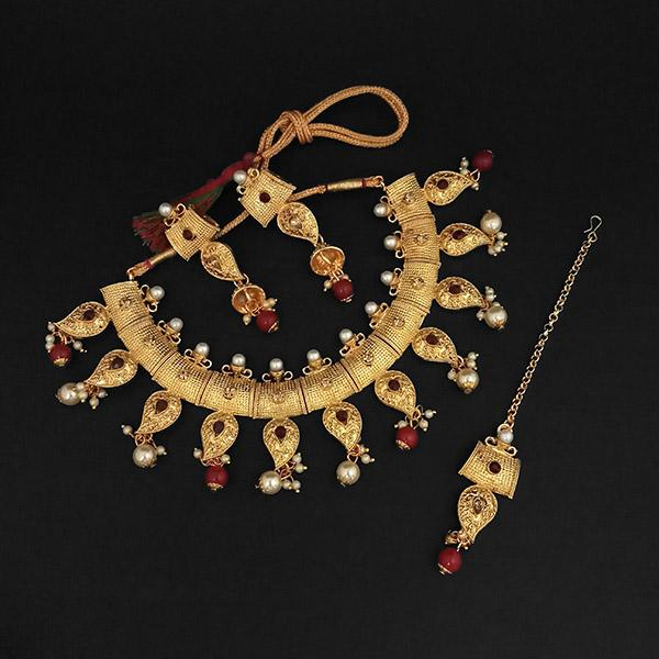 Kriaa Maroon Austrian Stone And Pearl Necklace Set With Maang Tikka