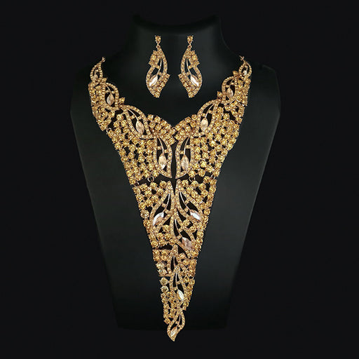 Urthn Brown Crystal Stone Necklace Set
