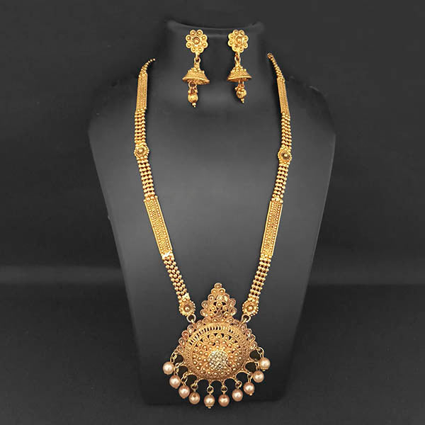 Kriaa Gold Plated Brown Stone And Kundan Necklace Set