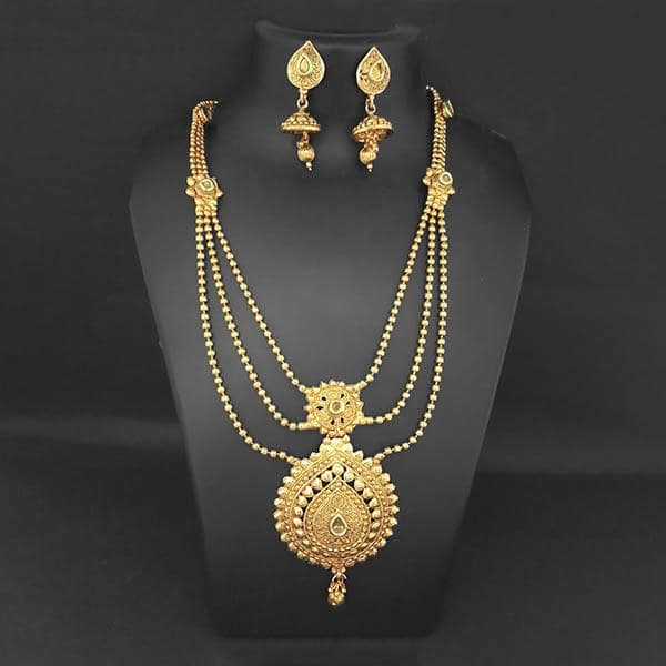 Kriaa Gold Plated Brown Kundan Necklace Set