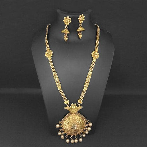 Kriaa Brown Austrian Stone And Pearl Necklace Set