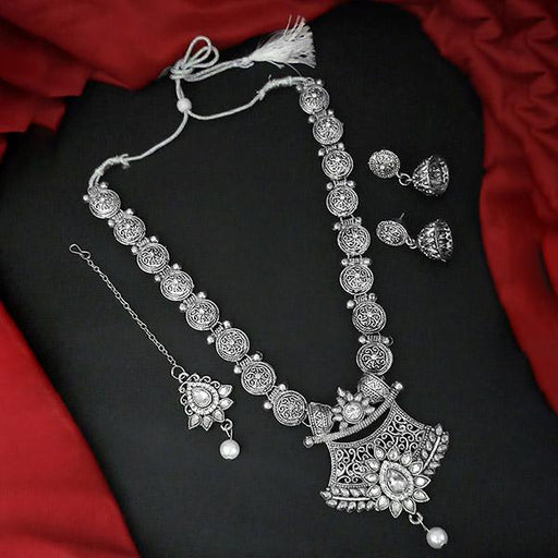 Kriaa Silver Plated White Stone And Kundan Necklace Set With Maang Tikka -1109877