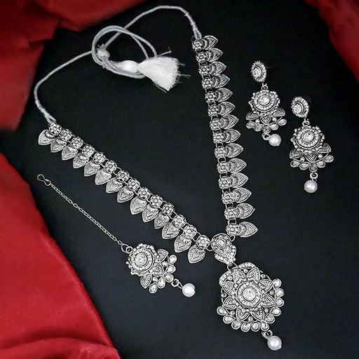 Kriaa Silver Plated White Stone And Kundan Necklace Set With Maang Tikka - 1109878