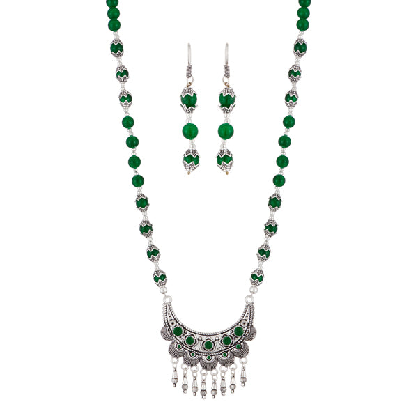 Urthn Green Beads Antique Gold Plated Necklace Set