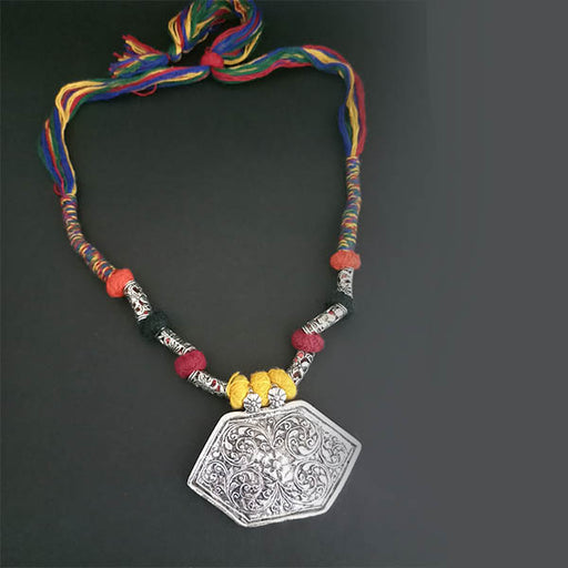Jeweljunk Mulitcolour Thread Tribal Necklace